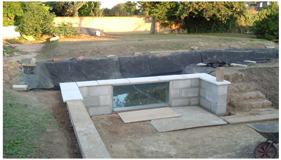 8000 gallon pond with viewing window